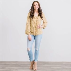 💕SALE💞  Yellow and White Floral Blouse